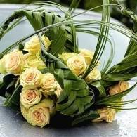 bloem gevlochten.jpg
